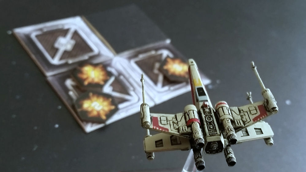 Magnets X-Wing Heroes of the Aturi Cluster Miners Strike container damage